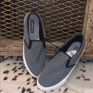 NWT men's slip on loafers
